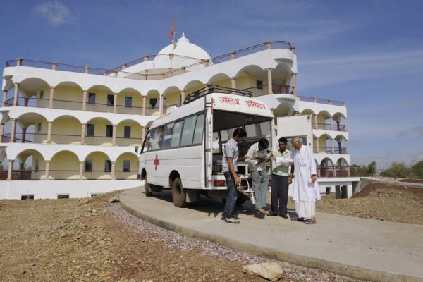 Hospital - Ambulance