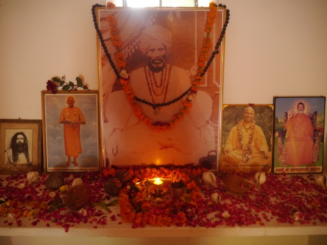 The altar in Devpurijis Dhuna His Mahasamadhi place