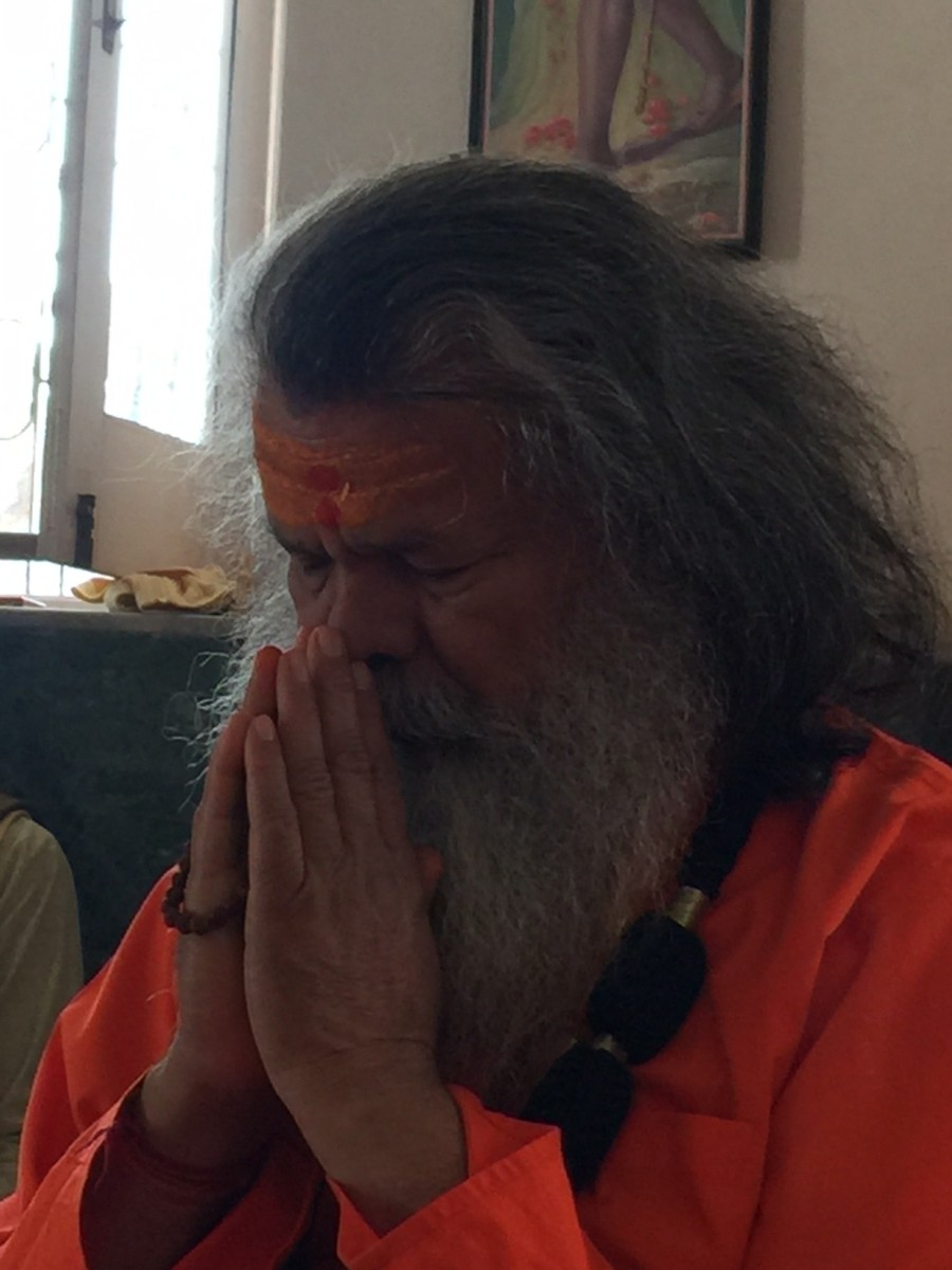 Vishwaguruji prays for World Peace 02