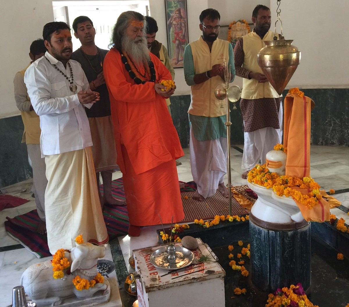 Vishwaguruji prays for World Peace 03