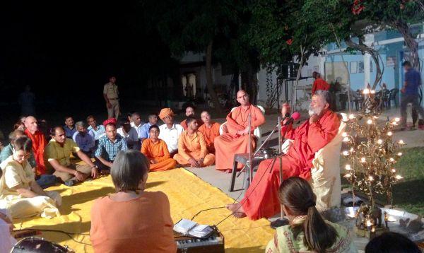 Diwali-satsang-om-ashram