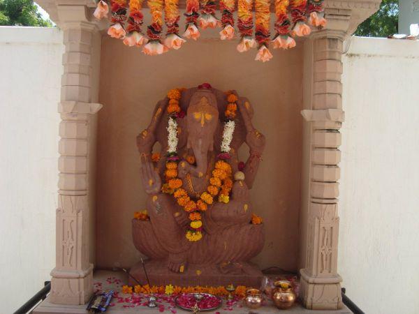 Ganesh-Om-Ahram-1