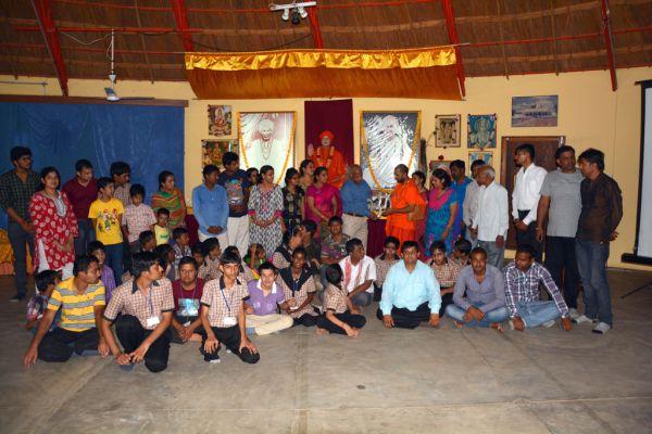 Om-Ashram-visit-jupa1