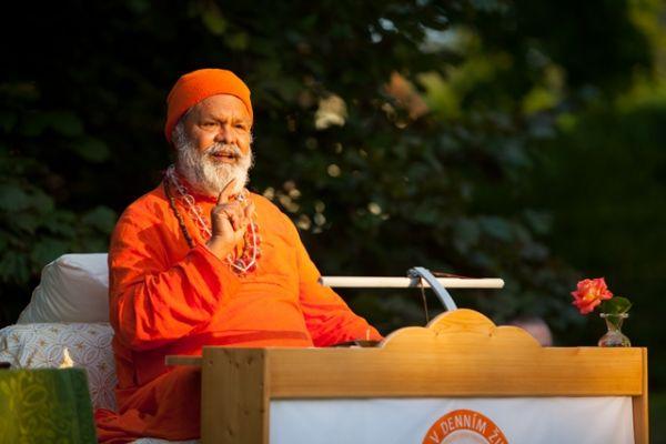 Swamiji in Strilky ashram