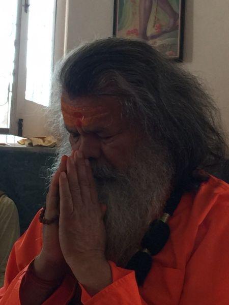 Vishwaguruji prays for World Peace 02