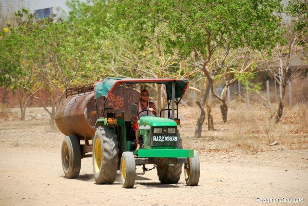 Gyanpuri day and night irrigation service