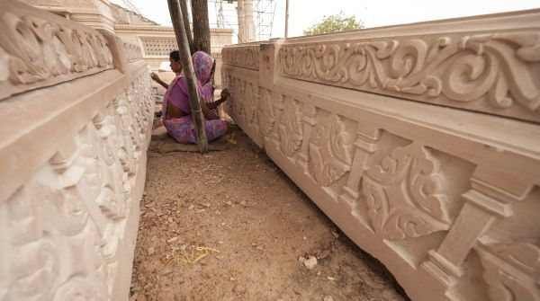 om-ashram-detail-2
