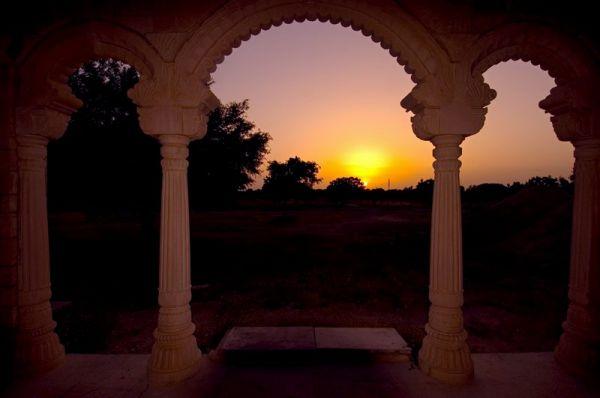 om ashram u sumrak