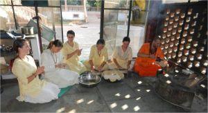 preparing-chapatis