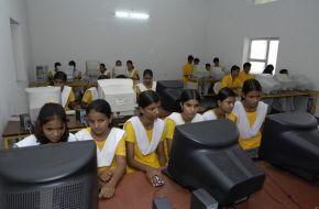 school comp girls 1