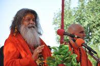 Vishwaguru Maheshwarananda and Mahamandaleshwar Jasrajpuri